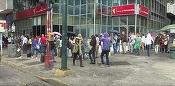 UPDATE Venezuela este în haos după ce guvernul a decis retragerea din circulație a bancnotei cu cea mai mare valoare nominală. Președintele Maduro cedează presiunilor