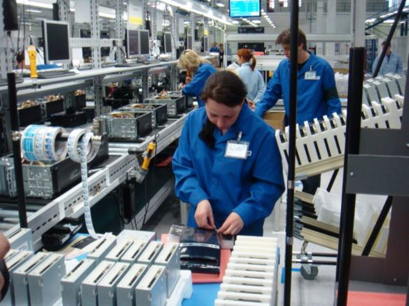 RAPORT: În luna septembrie, industria și-a revenit, dar fluxul comenzilor noi a adus și creșterea costurilor