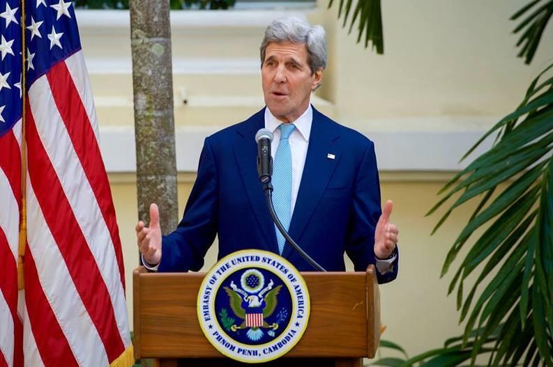 EXCLUSIV Premierul Cioloș va face o vizită în SUA, iar secretarul de stat John Kerry va veni la București