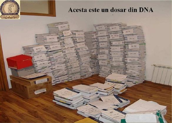 FOTO DNA prezintă în imagini cum arată în lucru un dosar de corupție