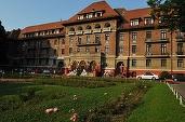 Confirmare: În premieră după '89, un impozant hotel - Triumf - este transformat în sediu de instituții