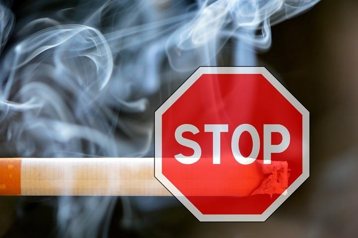 Parlament: Un nou pas înapoi pentru fumători