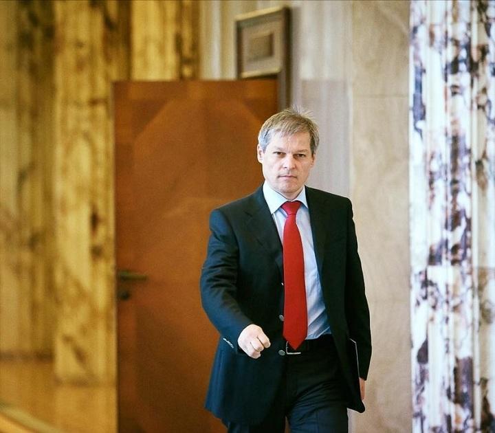 Iohannis deschide discuția: Cioloș să spună acum dacă mai continuă și cu ce partid!