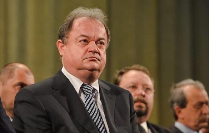 Vasile Blaga merge pe varianta președintelui unic; liderii PDL îl vor pe Buda copreședinte - surse