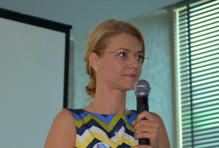 Alina Gorghiu rămâne președinte unic al PNL. Daniel Buda, împuternicit să semneze listele alături de ea