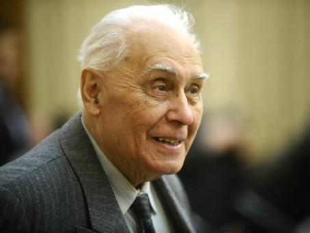 Radu Câmpeanu, primul președinte al PNL după căderea regimului comunist, a murit. VIDEO imagini de la alegerile prezidențiale din 1990