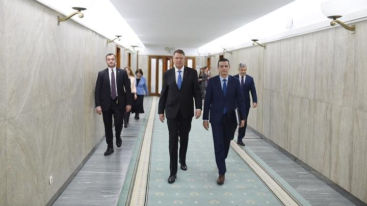 Președintele Klaus Iohannis participă la ședința de guvern