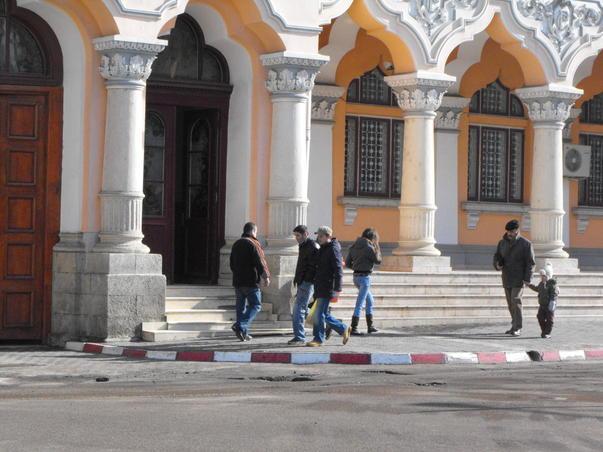 DIICOT: Percheziții la Primăria Buzău. Angajații, bănuiți că ștergeau amenzi și datorii