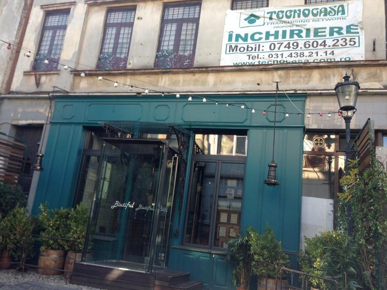 Lista localurilor, băncilor și magazinelor din clădiri pericol public din centrul Bucureștiului care riscă închiderea