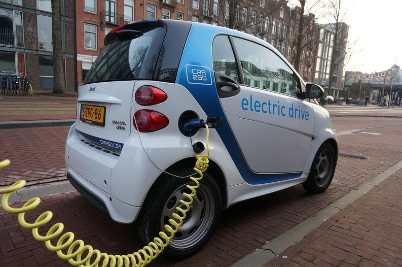 Proiect sau utopie? Jumătate din transportul public să fie cu autovehicule electrice până în 2020
