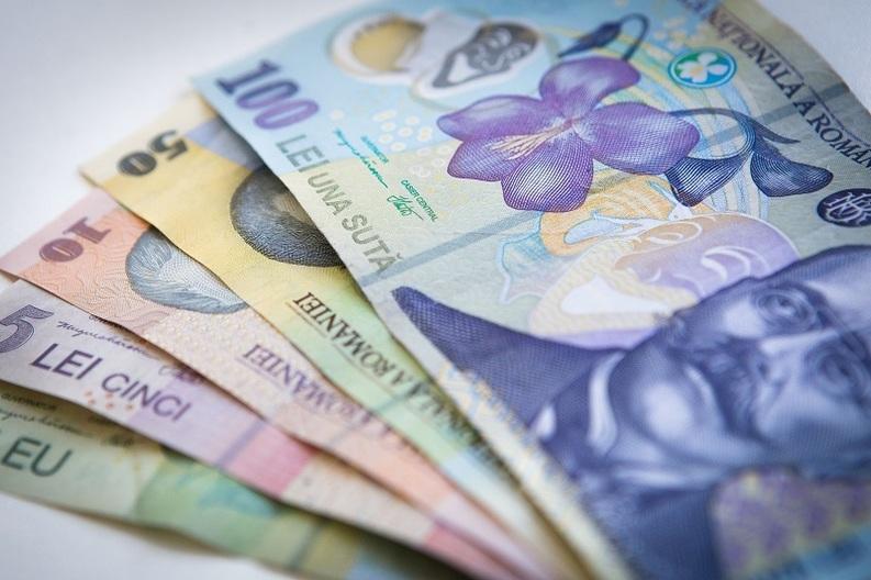 Guvernul promite sindicatelor că salariul minim urcă la 1.200 lei din ianuarie