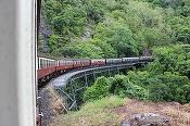 Tarifele biletelor de tren scad cu 4%, ca urmare a reducerii TVA