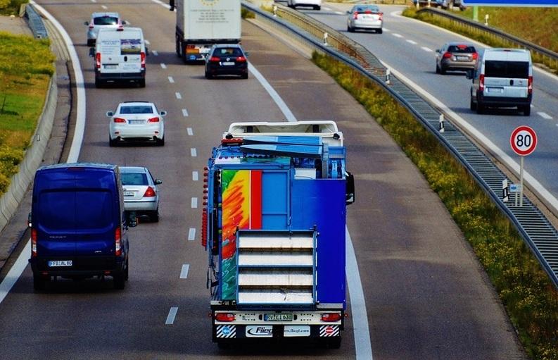 Taxele de autostradă vor fi introduse după 2017, data nu este stabilită