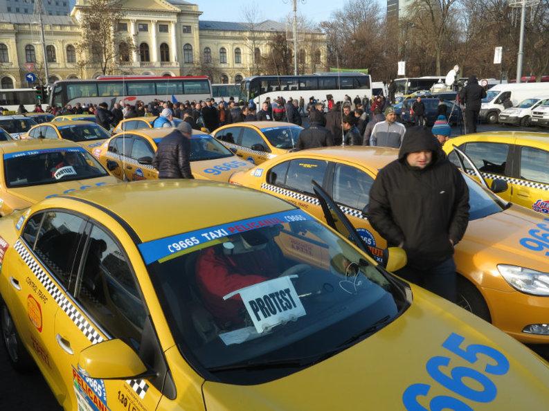 Schimbări pe piața taximetriei: Șoferii să aibă un cazier judiciar curat, managerii să fi absolvit liceul