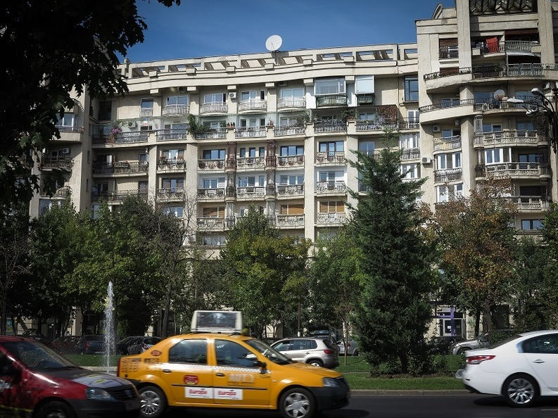 Guvernul testează impozitele pe locuințe: Cioloș avansează ideea impozitării imobilelor la valoarea de piață