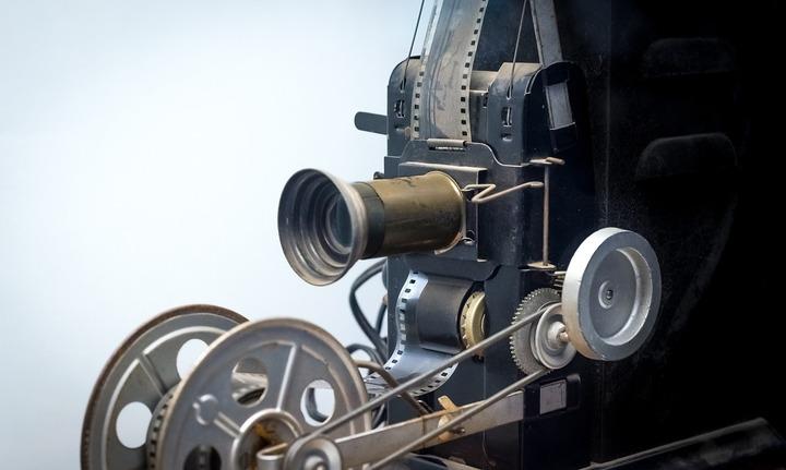 Guvernul va introduce noi taxe pentru cinema: Furnizorii de internet, inclusiv prin telefonia mobilă, obligați să verse 1% din încasările lunare