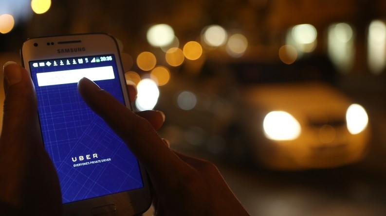 VIDEO Speriați de concurență, taximetriștii din București au gândit un plan prin care să îi elimine de pe piață pe șoferii Uber
