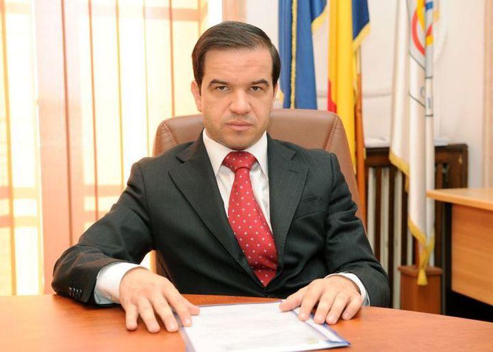 UPDATE Valentin Mircea vrea să se retragă de la conducerea Corpului de Control al premierului, Cioloș îi cere să rămână. În weekend, a criticat modul în care s-au comportat instituțiile statului la cutremur