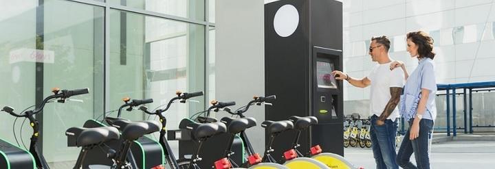 Primele stații automatizate de închiriere de biciclete au fost deschise în București