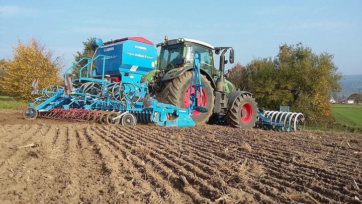 EXCLUSIV Condițiile în care firmele și persoanele fizice din spațiul european vor mai cumpăra terenuri agricole în România