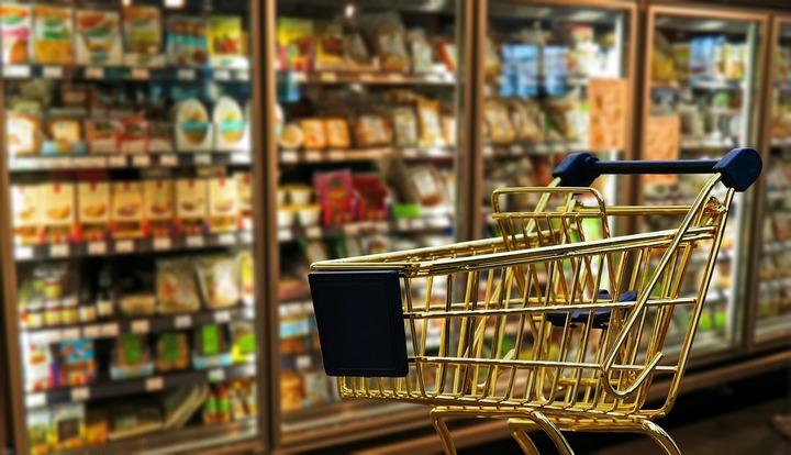 Legea 51% alimente românești: Agricultura creează un Consiliu care să controleze aprovizionarea cu alimente românești pe lanțul scurt. Comercianții nu au fost consultați