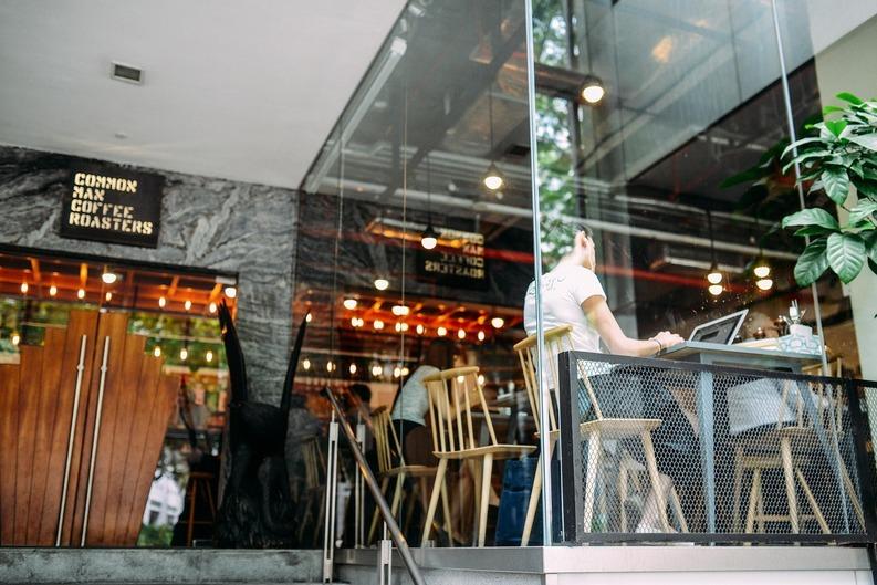 Noi taxe de muzică ambientală pentru restaurante, hoteluri, baruri, cafenele, pizzerii, saloane de masaj, săli de nunți, inclusiv PFA