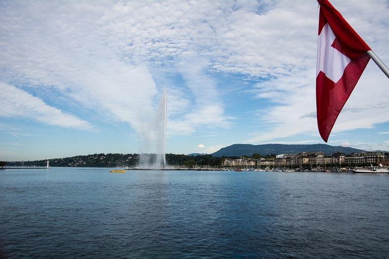 Elveția, țara unde străinii primesc cele mai mari salarii din lume. Banii nu cumpără însă fericirea, Elveția este printre ultimele țări la relații