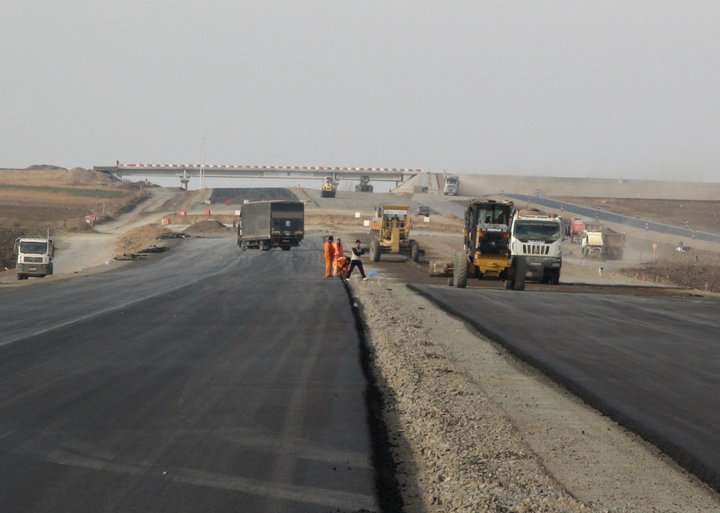 Ministrul Transporturilor promite că termină în acest an podul Giurgiu-Ruse și loturile 2 și 3 ale autostrăzii Lugoj-Deva