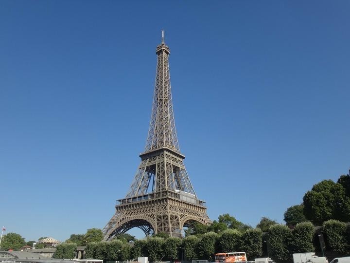 Nu ne mai sperie terorismul: Parisul și Istanbulul rămân în top 3 orașe care au atras turiști români în vară