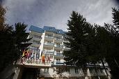 FOTO Hotelurile Rina din Poiana Brașov, deținute de israelieni intrați în faliment, nu pot fi vândute nici după un an