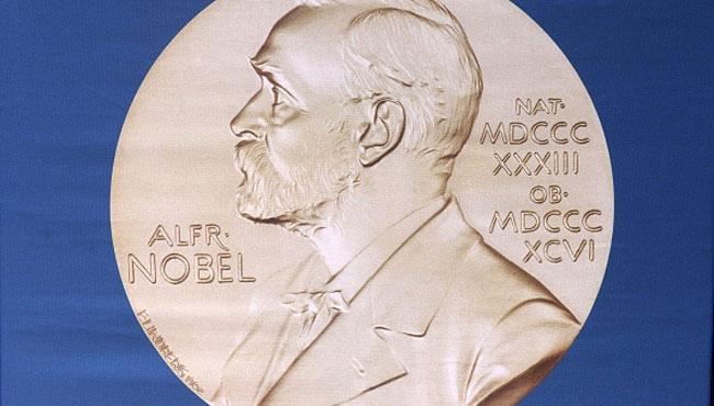 Emoții pentru edituri: Nobelul pentru literatură poate crește cu 500.000 de euro vânzările celei care are drepturile pentru autorul câștigător