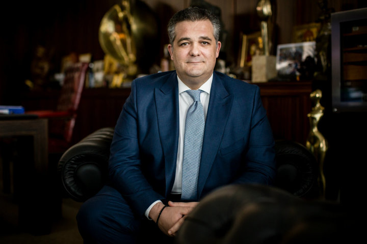 Cel mai important grup imobiliar din Africa de Sud preia controlul companiei lui Papalekas, unul dintre cei mai mari proprietari de birouri din România