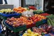 Patronat: Românii schimbă foaia, nu mai vor fructe și legume din alte țări. Nu mai vor roșii din import pietrificate!