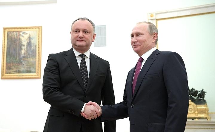 Dodon spune, după întâlnirea cu Putin, că din 2018 ar vrea să anuleze Acordul de Asociere R. Moldova - UE