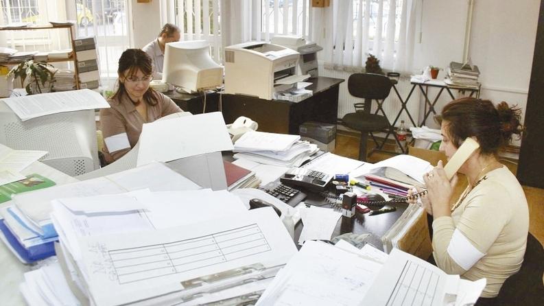 După scăderea TVA, Fiscul impune firmelor o corvoadă birocratică nouă care le mărește costurile de administrare