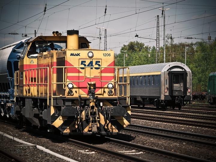 """Oportunități 26 august - Compania Națională de Căi Ferate """"CFR"""" solicită oferte pentru reabilitarea locomotivelor"""
