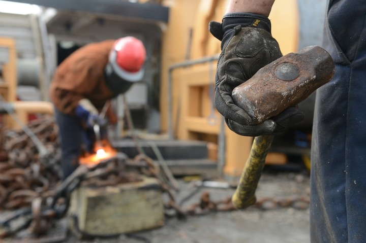 Oportunități 3 octombrie - Romsilva organizează licitație pentru renovarea unor clădiri degradate