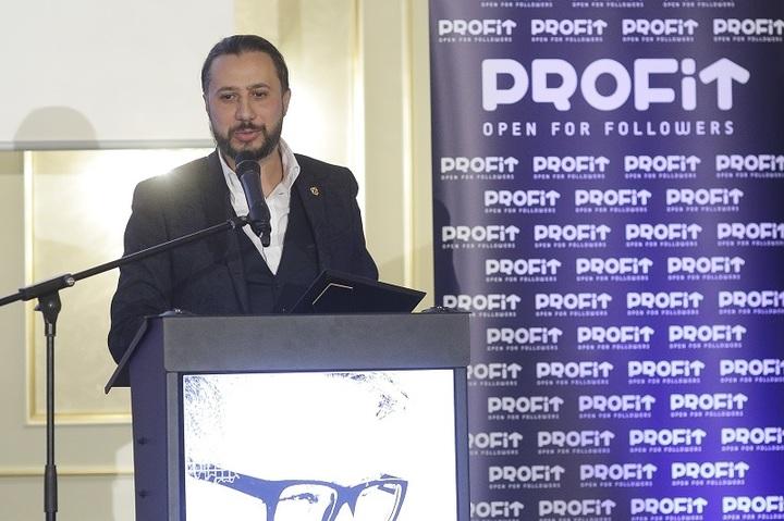 Gala Povești cu Profit Made în România: Cristian Pandel, fondator și proprietar al Christian Tour, rarisim la evenimente publice - Am început într-un subsol, cu toate greutățile unui antreprenor