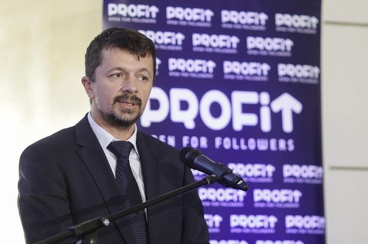 Gala Povești cu Profit Made în România: Președintele ANAF, Dragoș Doroș: Schimbările sunt în timp.  ANAF este ca o navă, dai de timonă și virajul se întâmplă peste 2-3 mile