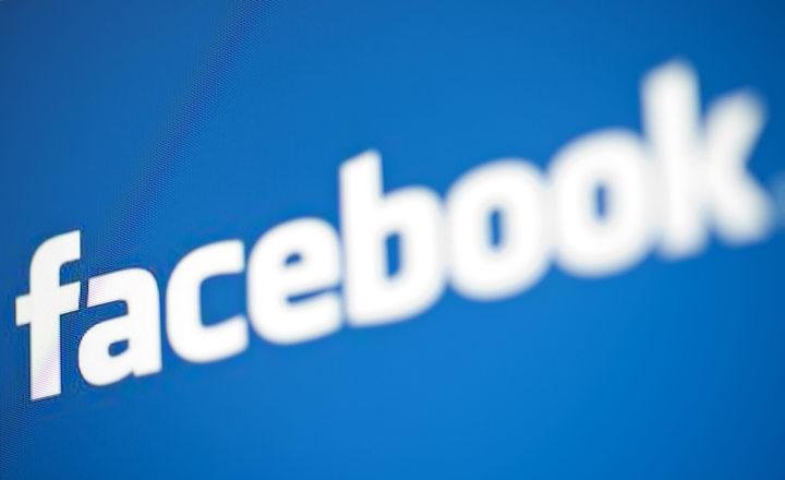 Saxo Bank: Creșterea Facebook va fi încetinită pentru că nu mai absoarbe publicitate