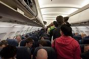 Cele mai ieftine bilete de avion sunt rezervate cu 56 de zile înainte de data plecării. Ce zi este cea mai ieftină