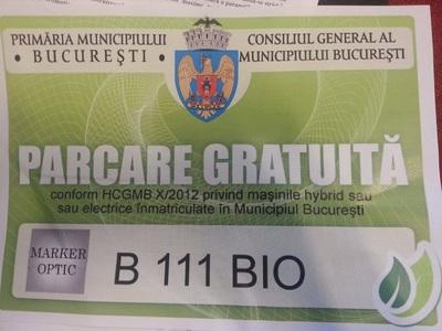 Parcare gratuită în parcările publice din Capitală pentru maşinile hibrid şi electrice înmatriculate în Bucureşti