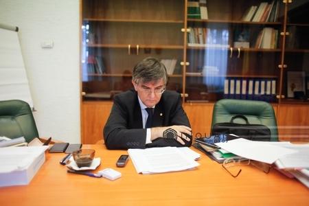 Ministrul Educaţiei: Editurile ştiinţifice nu au mai fost acreditate din 2012. Vom lucra împreună cu Consiliul Cercetării Ştiinţifice la reacreditarea lor