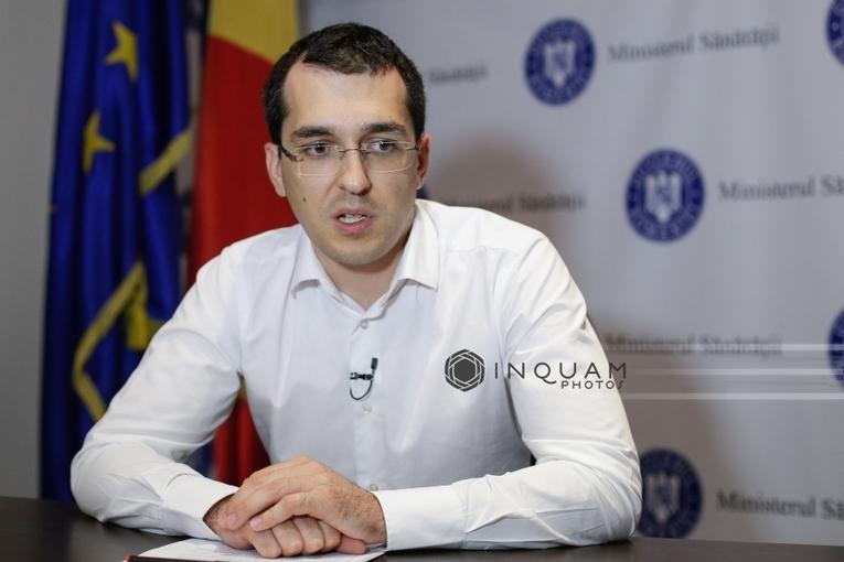 Voiculescu: Situaţia de la Spitalul Floreasca este foarte gravă, numărul demisiilor este îngrijorător