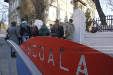 Prahova: Program de tip after-school gratuit într-o şcoală publică din Sinaia. Profesorii care participă la program sunt voluntari