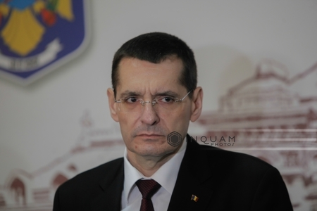 Ministrul Educaţiei: Am semnat ordinele privind retragerea titlurilor de doctor pentru Petre Tobă şi Florentin Pandele