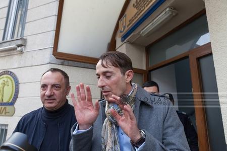 """Radu Mazăre, trimis în judecată în dosarul privind construirea locuinţelor sociale din cartierul """"Henri Coandă"""" din Constanţa"""