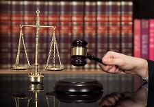 Directorul comercial de la Romarm şi şeful Serviciului Anticorupţie din companie, trimişi în judecată pentru abuz în serviciu