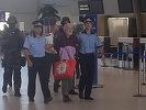 Fondatorul MISA Gregorian Bivolaru, adus în ţară din Franţa, pentru a executa pedeapsa de şase ani de închisoare. FOTO, VIDEO