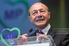 Băsescu: Cer public să fiu audiat ca martor în dosarul Alinei Bica